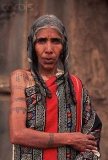 Tribal tattoos among the Toda look very similar to their traditional embroidery