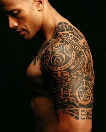 Traditional Polynesian tattoos are intricate and rely heavily on traditional imagery and blackwork