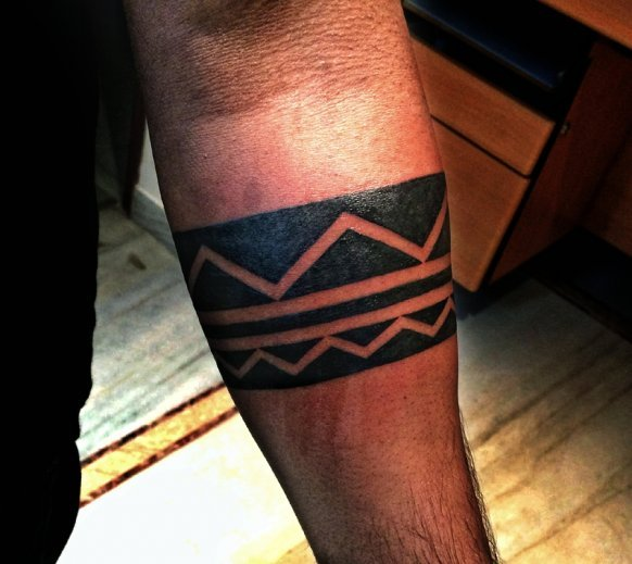 Geometric Tribal Belt Tattoo