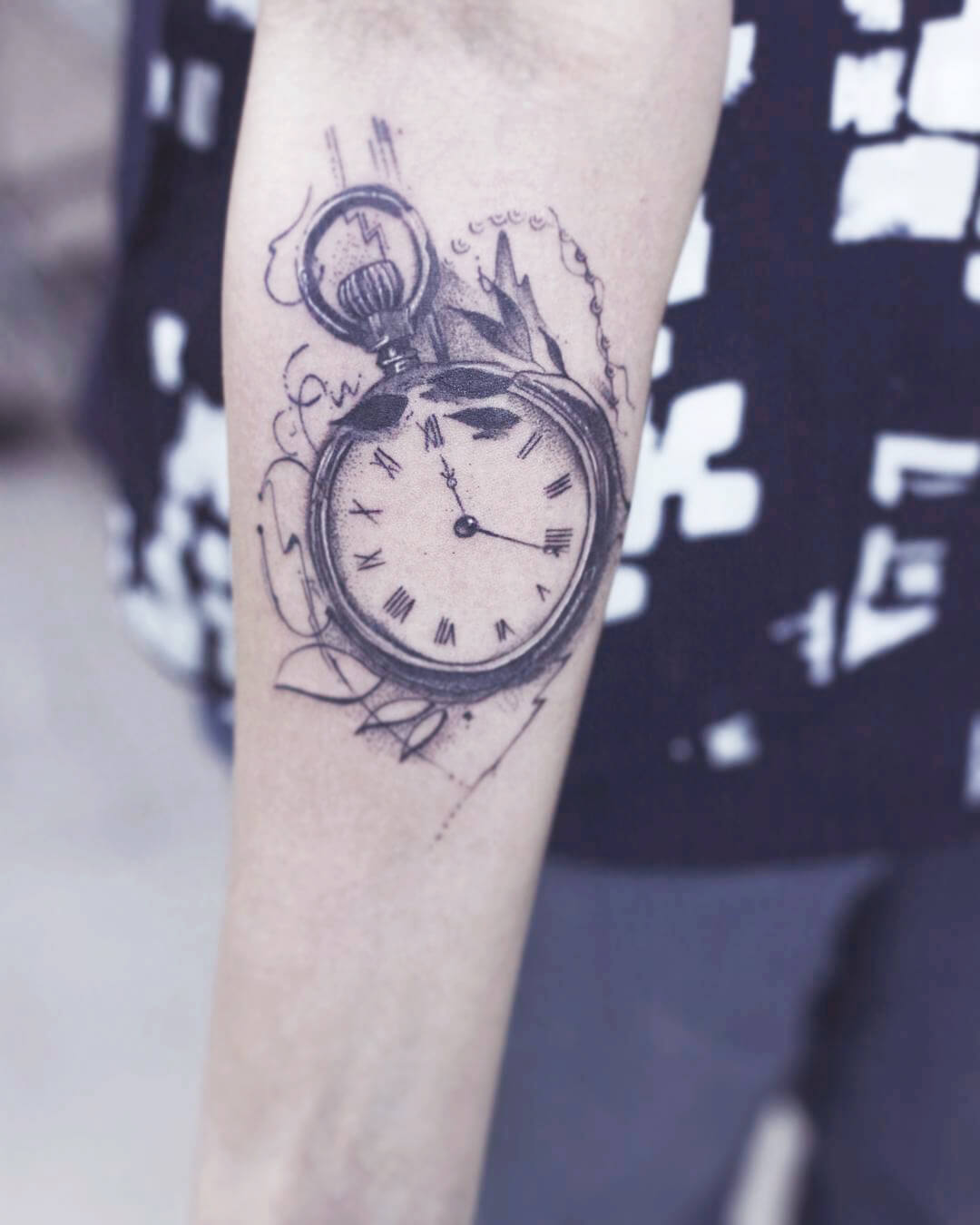 clock tattoos on hand