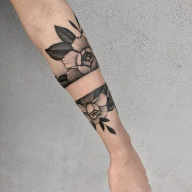 Floral Armband Tattoo